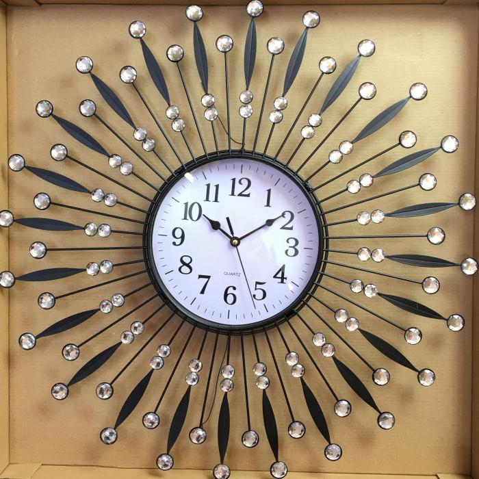 Стенен метален часовник с прозрачни декоративни камъчета 200822